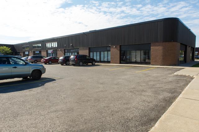5370 Canotek Road, Gloucester, Ontario