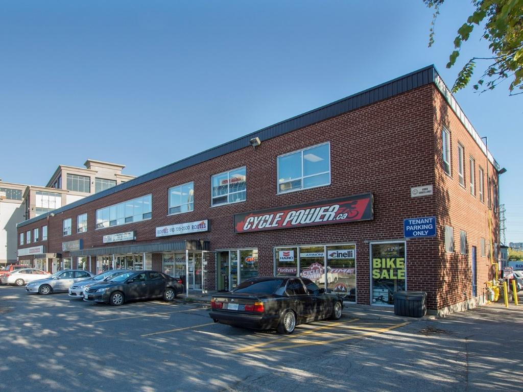 1564-1574 avenue Carling, Ottawa, Ontario