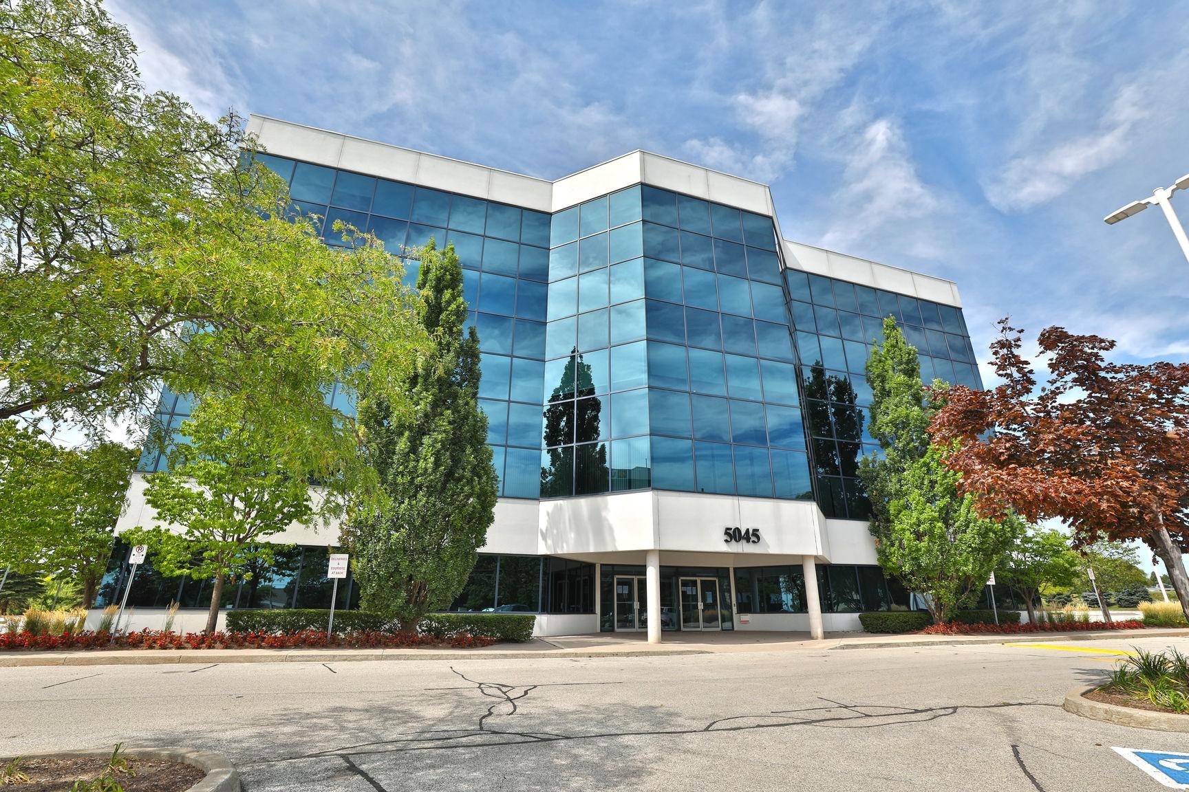 5045 South Service Road, Burlington, Ontario