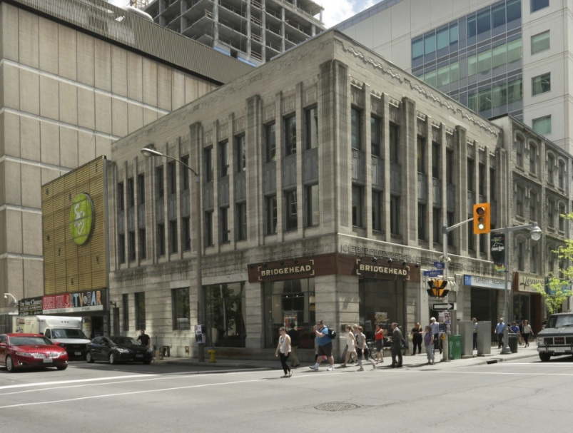 109 rue Bank, Ottawa, Ontario