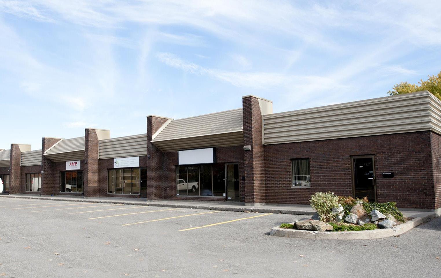 215 Menten Place West, Nepean, Ontario