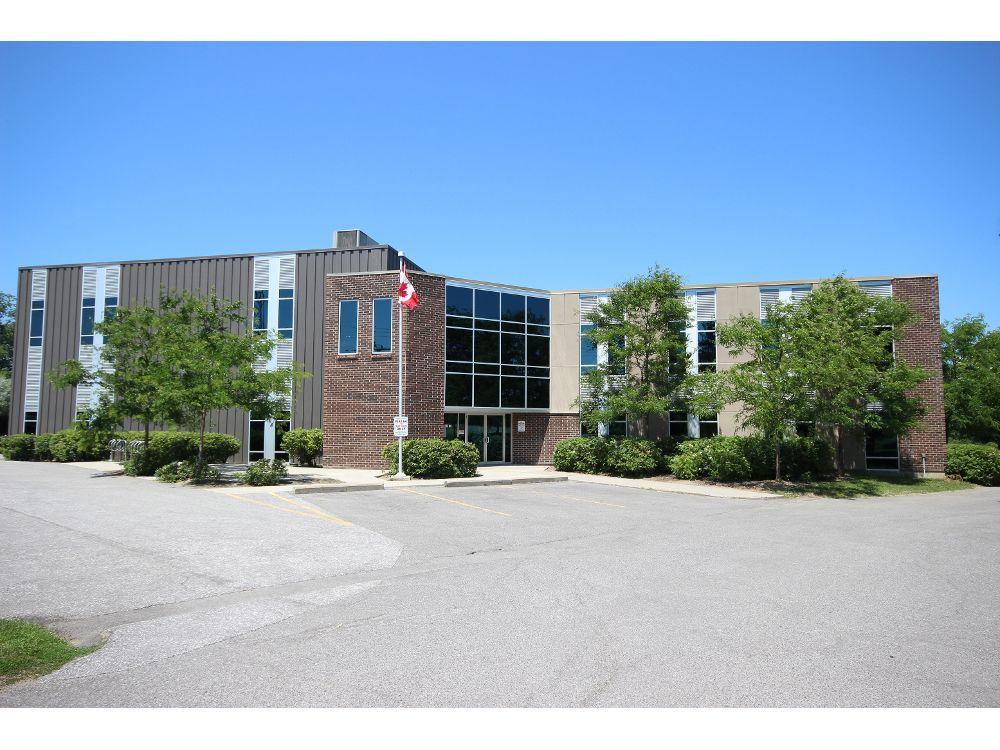 62 Steacie Drive, Kanata, Ontario