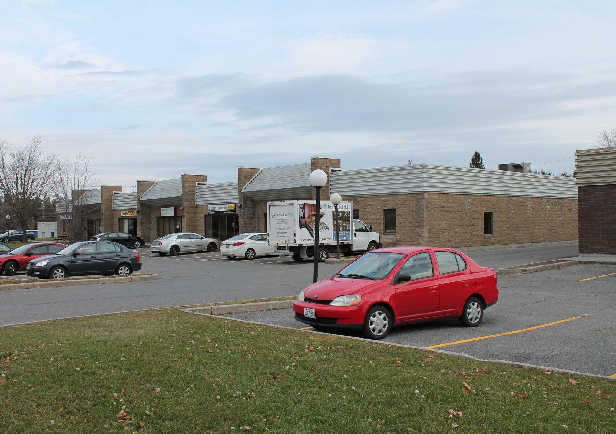 195 Menten Place West, Nepean, Ontario