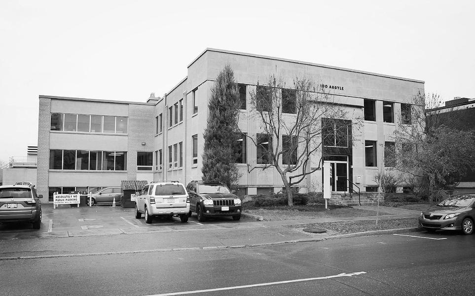 100 Argyle Avenue East, Ottawa, Ontario