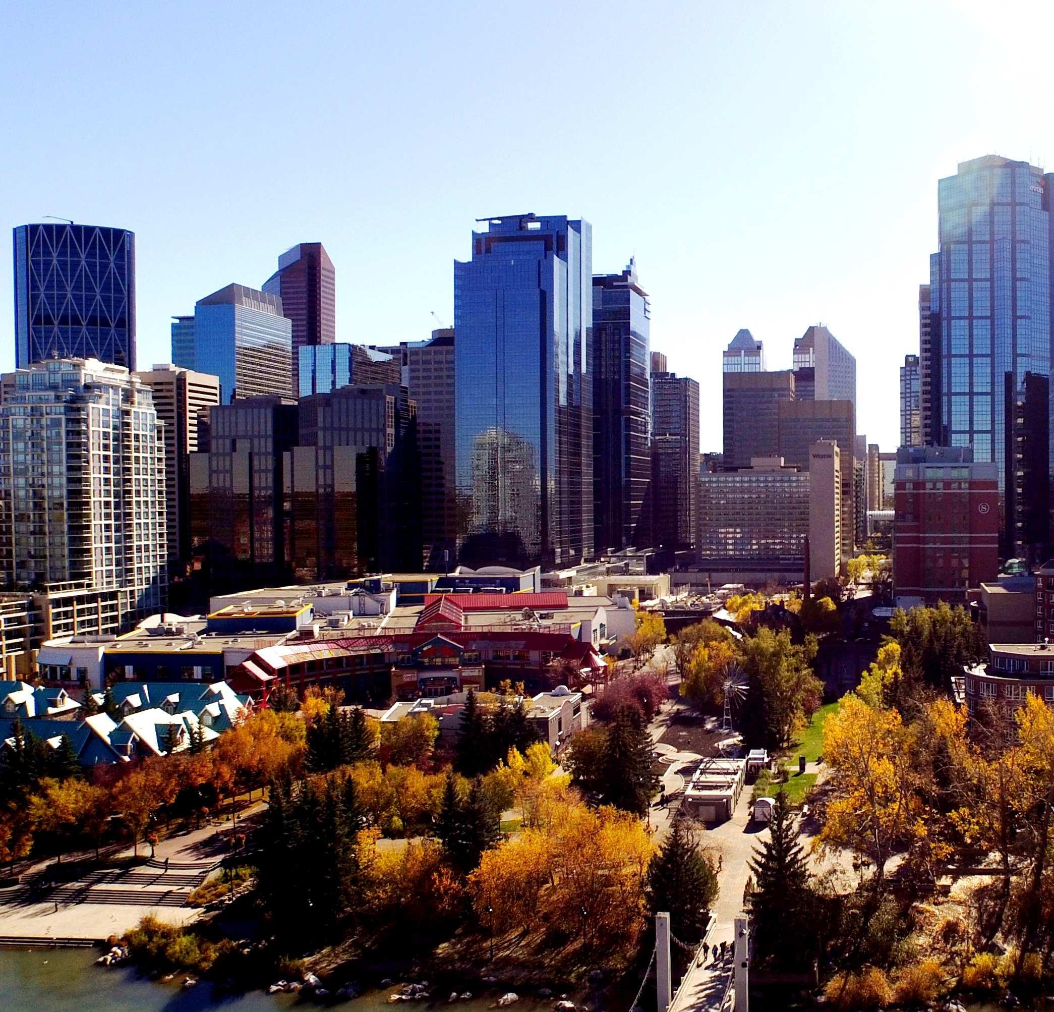 215 2nd Street SW, Calgary, Alberta