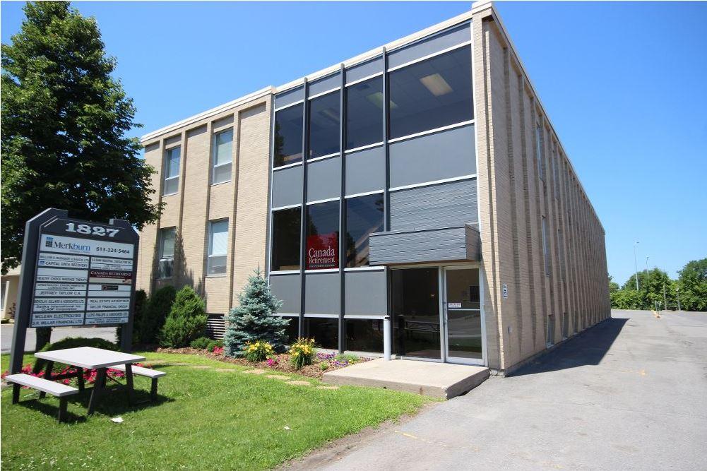 1827 Woodward Drive, Ottawa, Ontario