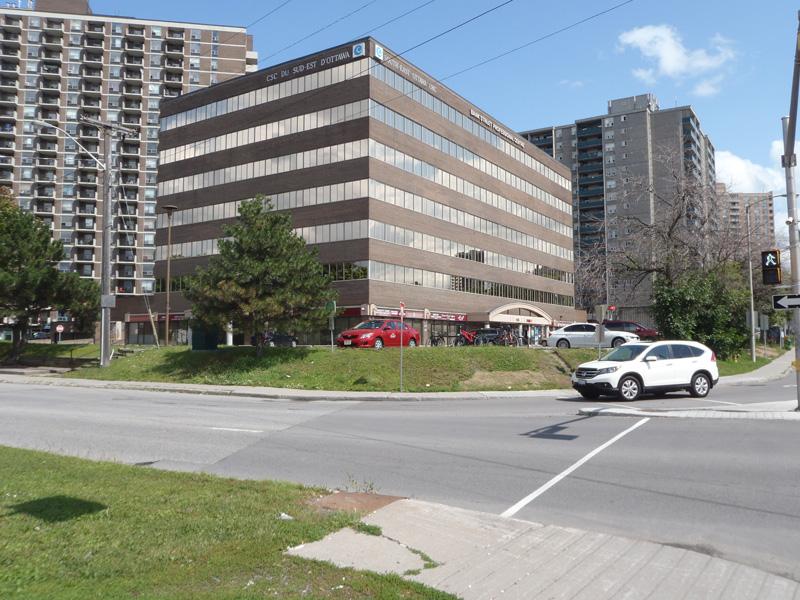 1355 rue Bank, Ottawa, Ontario