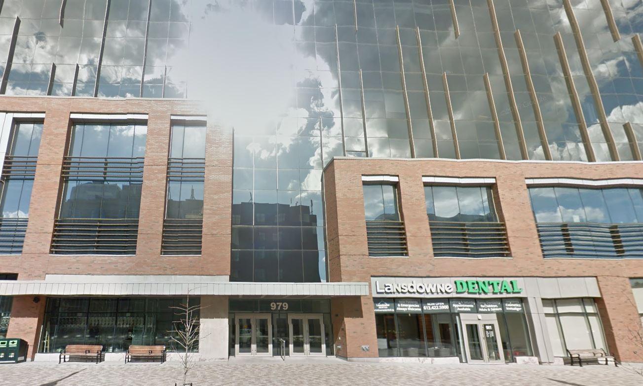 979 rue Bank, Ottawa, Ontario