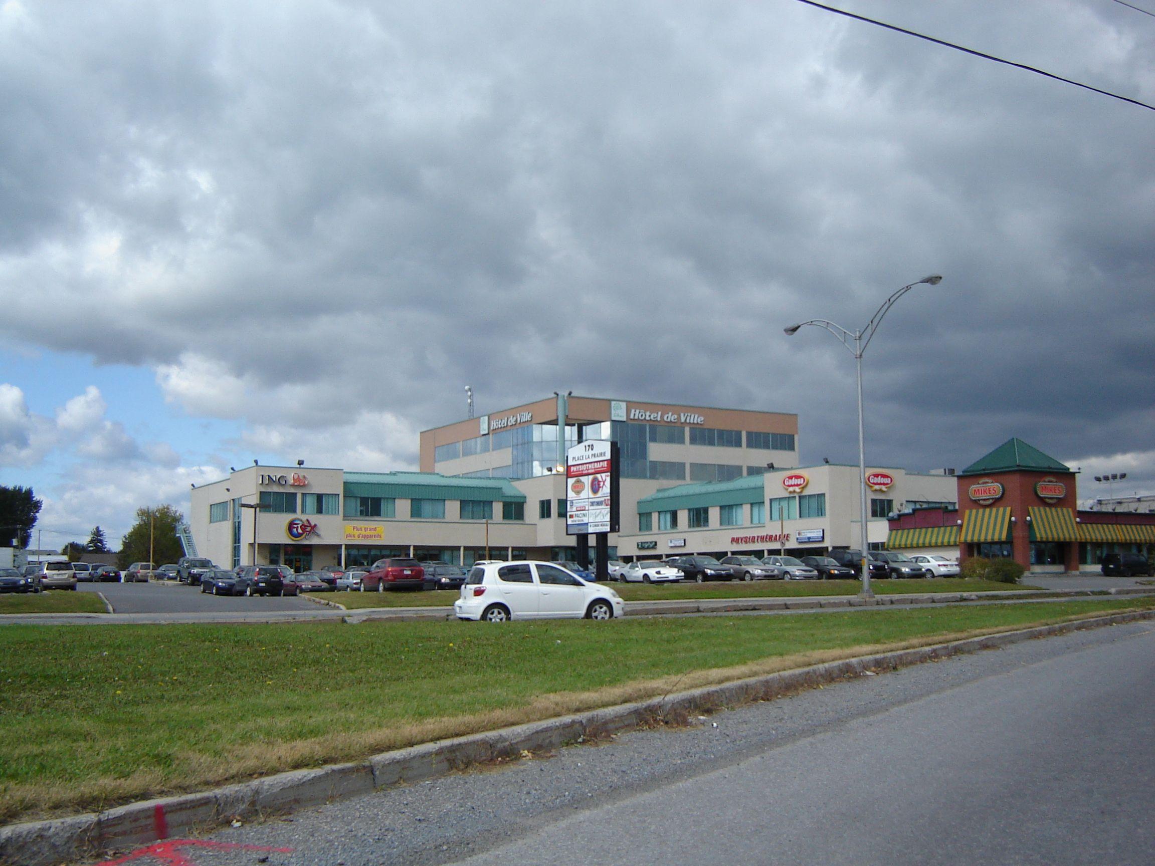 170 Taschereau Boulevard, Greenfield Park, Québec