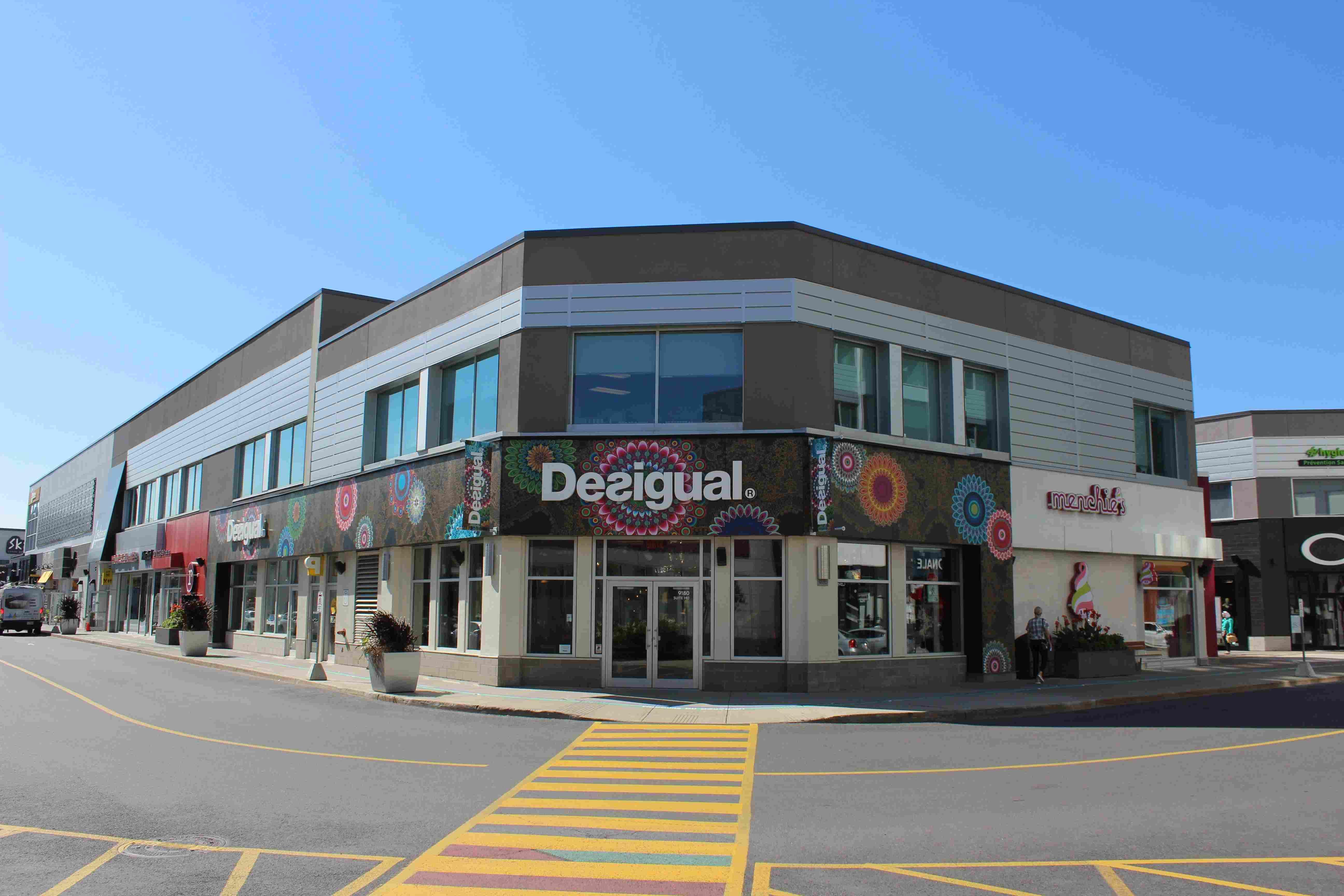 9180 Leduc Boulevard, Brossard, Québec