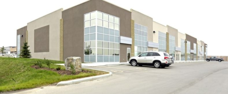 141 Commercial Drive, Calgary, Alberta