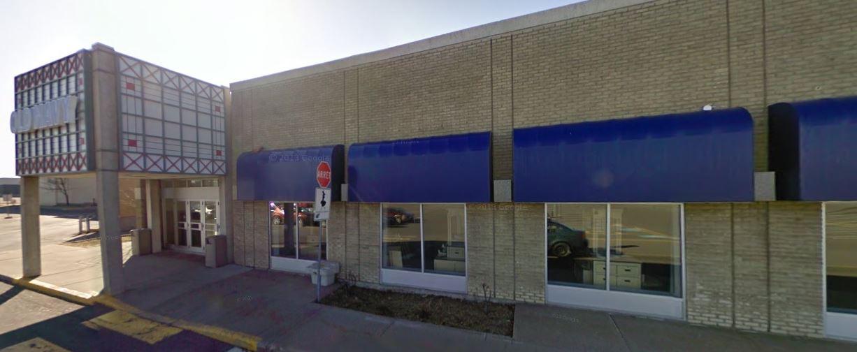 7999 boulevard Galeries d'Anjou, Anjou, Québec