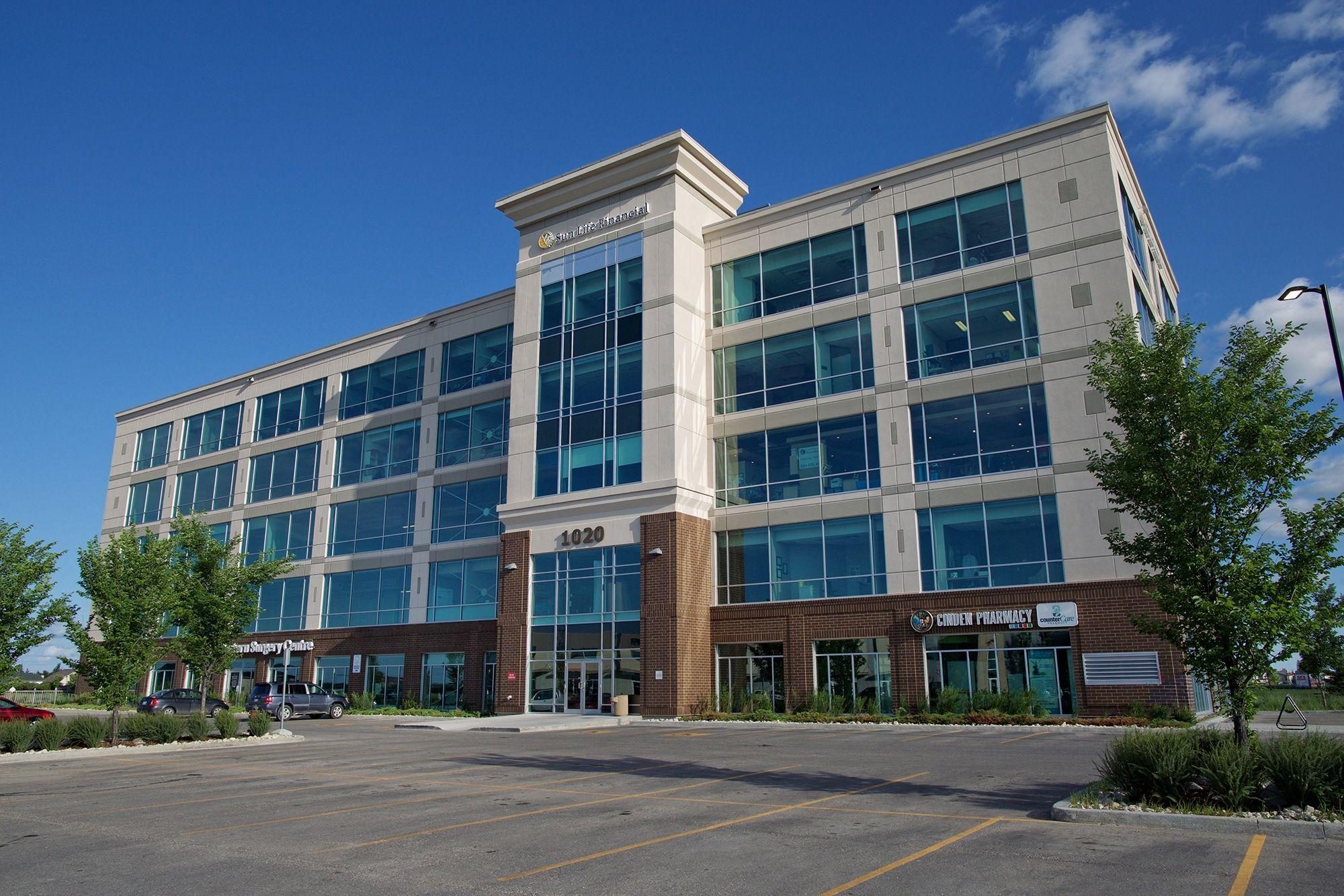 1020 Lorimer Boulevard, Winnipeg, Manitoba