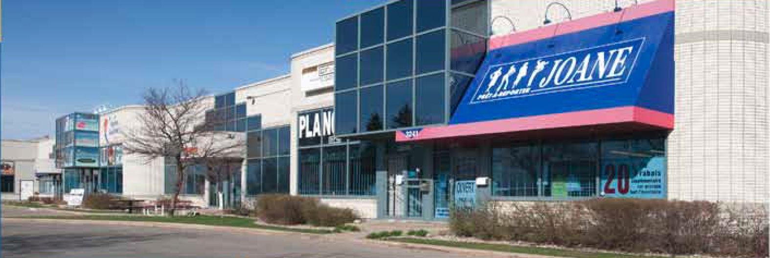 3225-3285 Jean-Béraud Avenue, Laval, Québec