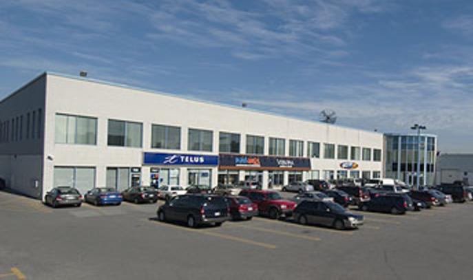 7527-7583 Henri-Bourassa Boulevard East, Anjou, Québec